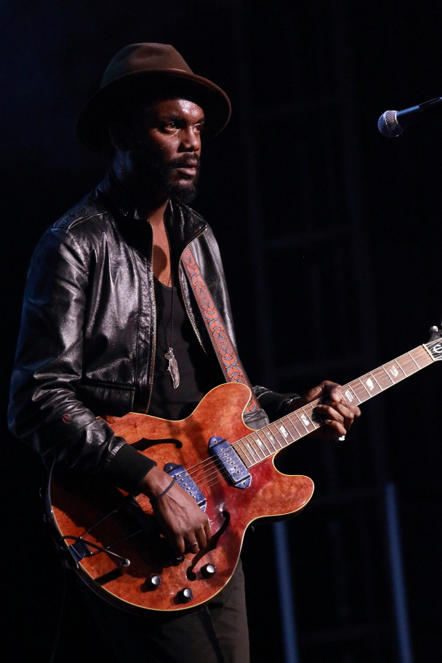 gary clark jr oz tour foo fighters 20th addicted to noise. Black Bedroom Furniture Sets. Home Design Ideas